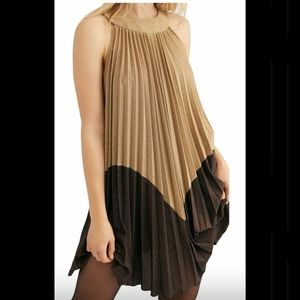 NWT 🏷️Free People Gold & Brown pleated mini dress